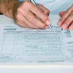 REGULARIZACIÓN. Los impuestos y los salarios se autocertifican