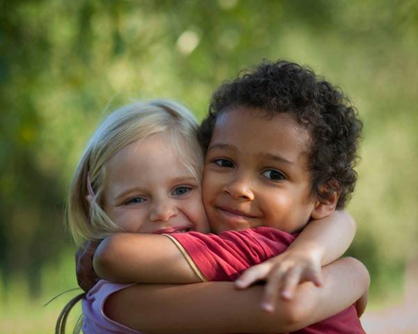 Ciudadanía procedura más fácil para los niños y jóvenes nacidos y crecidos en Italia