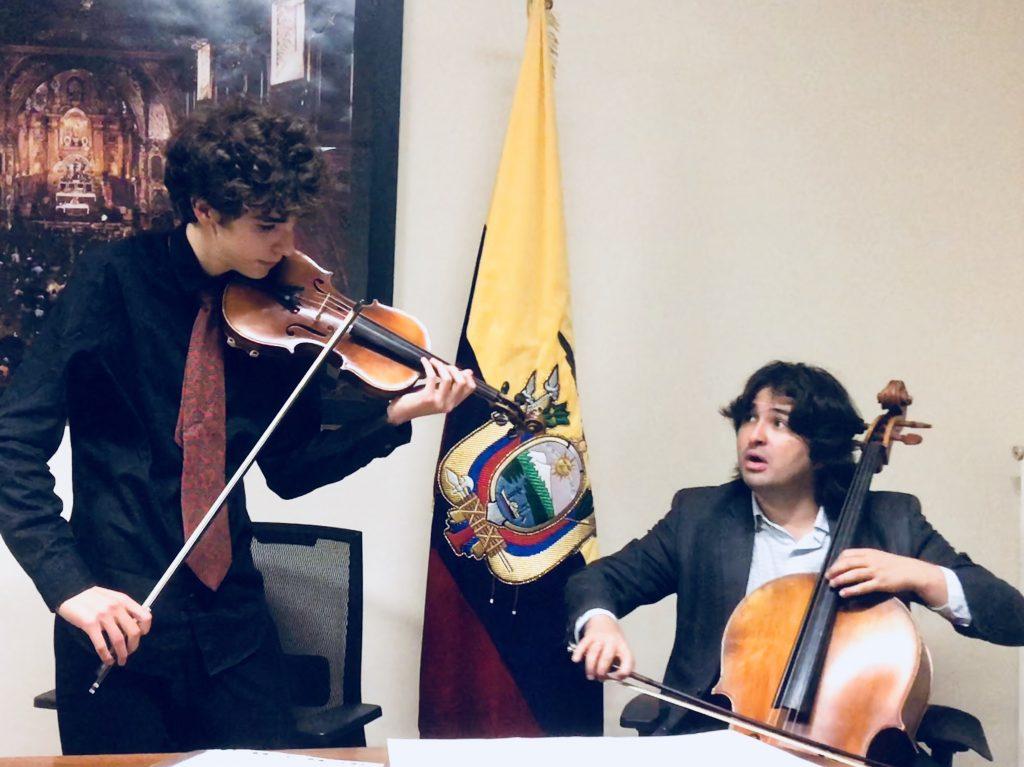 Rueda de Prensa con Diego Carneiro en el Consulado del Ecuador en Roma