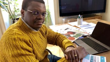 Stephen Ogongo Jefe Editorial Stranieri in Italia